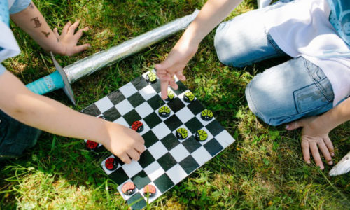 diy-board-game-kids-checkers-step-by-step-tutorial